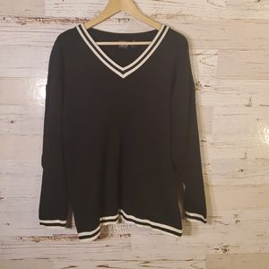 Boutique Europa by Newport News vintage sweater